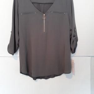 Ladies Tempted Blouse.  Size Large, Grey.